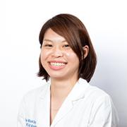 歯科医師 簡 伶純
